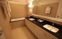 Phòng tắm Khách sạn DeBay