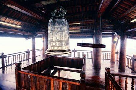 Kiến trúc của Lầu Chuông rất độc đáo